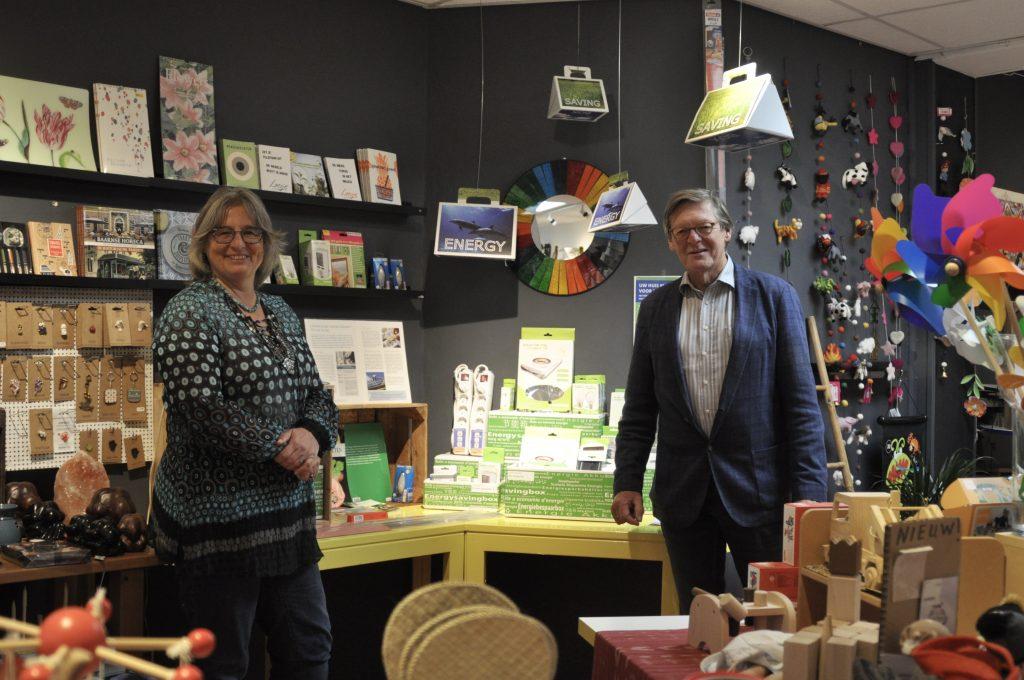 Sabine van Heest, vrijwilliger bij de Wereld van Pippe, en Henk van Esch, EnergieCoach bij EnergiekBaarn